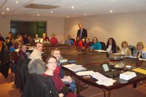 Figura 2: Um grupo de professores em Donegal a participar num workshop PROFILES recente sobre IBSE dada pelo Dr. Declan Kennedy.